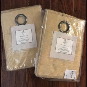 2 pack Curtain Set (2)